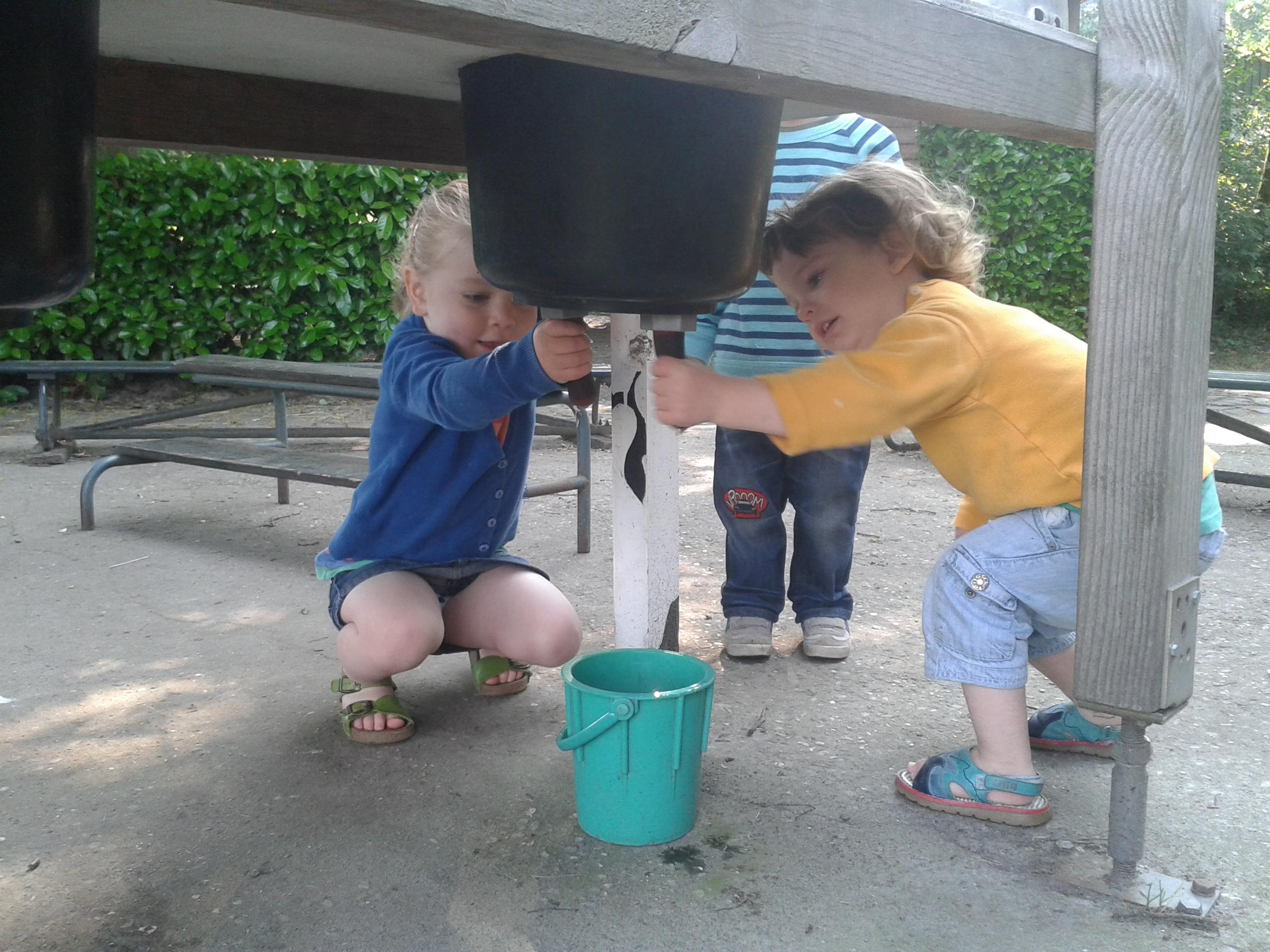 uitstapje naar de kinderboerderij met de grootste kindjes!