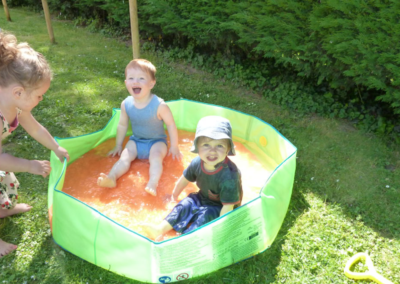Nikibel kinderopvang spelen in zwembad